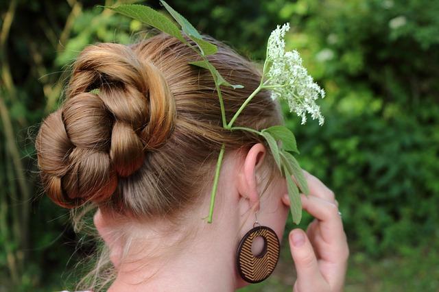 花のようなヘアー